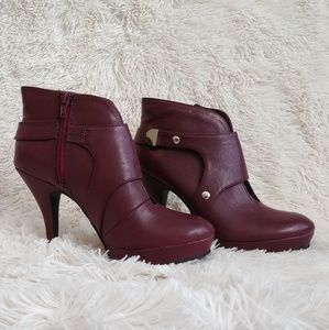 Unlisted by Kenneth Cole Burgandy Heeled Bootie